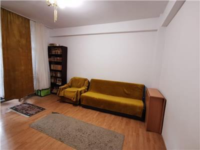 Apartament  decomandat 3 camere etaj 1- kaufland salaj