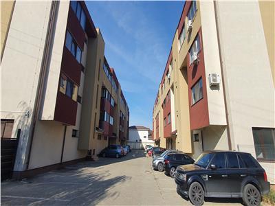 Vanzare apartament cu 2 camere pe str crinului in comuna rosu