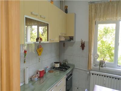 Vanzare apartament 2 camere, 66 mp, zona Colentina