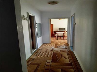 Apartament 2 camere, decomandat, Titan, Metrou