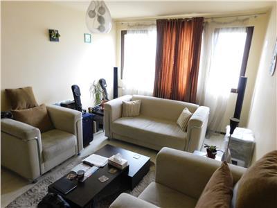 Apartament 3 camere etaj 7/10 - Piata Minis - Titan