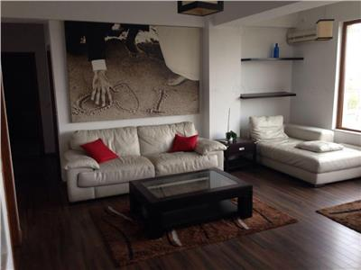 Apartament cu 3 camere, Ion Ionescu de la Brad 81/85, Nord