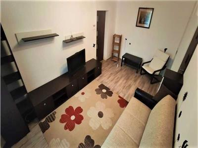 Apartament 3 camere cu parcare Metrou Titan renovat complet