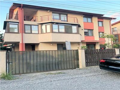 VANZARE APARTAMENT in VILA 3 CAMERE  85 mp BERCENI 145000 euro
