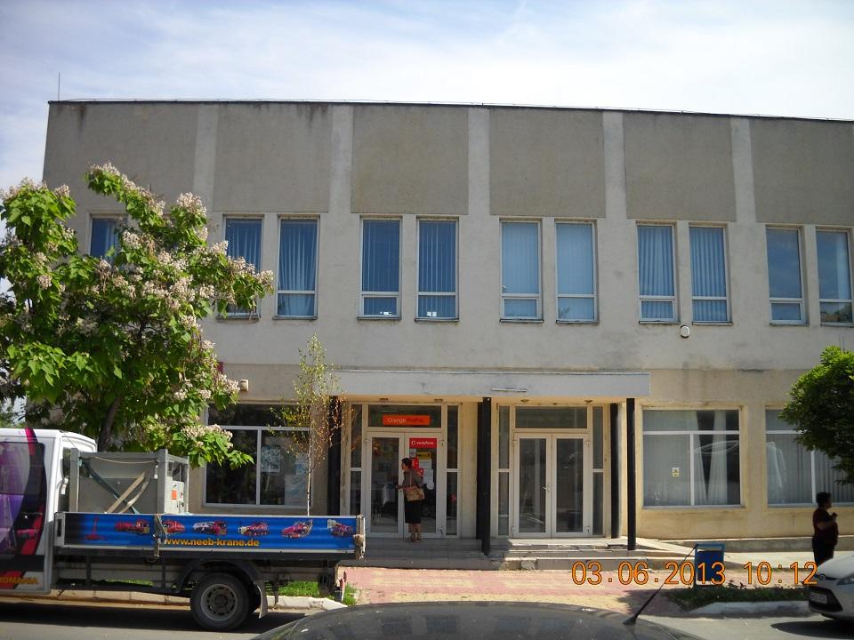 Spatiu comercial/ birouri, harsova, 150 mp