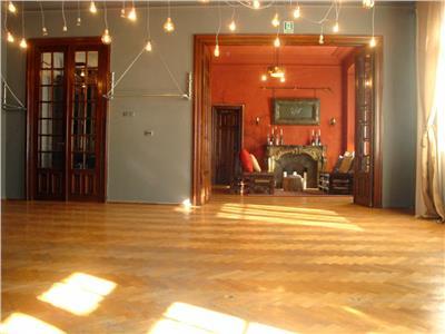Inchiriere etaj de vila, birouri, 5 camere, 200 mp, Romana, P. Ioanid