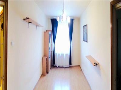 Vanzare apartament 3 camere Raul Dorna