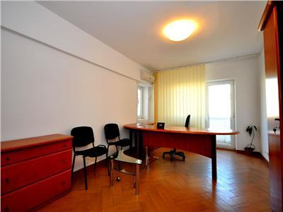Inchiriere spatiu birou 2 camere stradal Unirii Alba Iulia