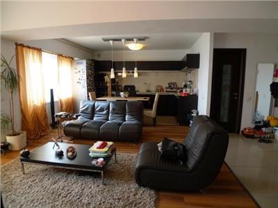 Inchiriere Penthouse in Ploiesti, zona 9 Mai, confort 1 open-space