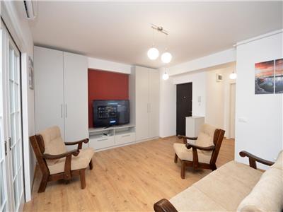 Inchiriez apartament 3 camere bloc nou Stefan cel Mare