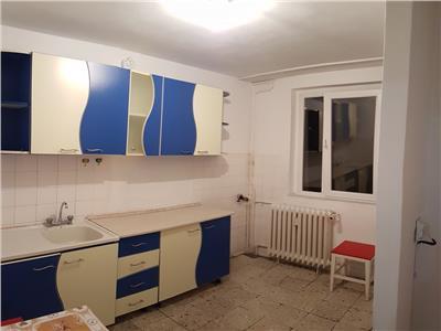 Apartament 2 camere etaj 4  - metrou 1 decembrie