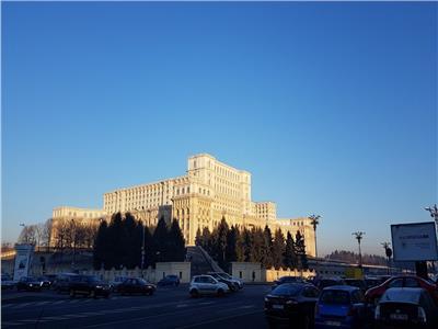 Inchiriere garsoniera LUX  Unirii- Palatul Parlamentului
