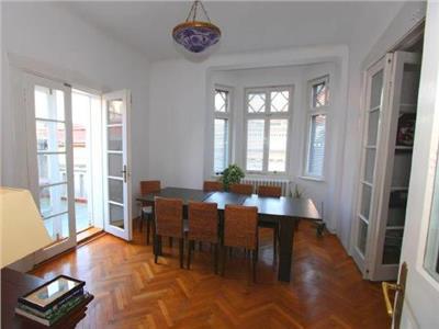 Inchiriere apartament in vila 4 camere armeneasca