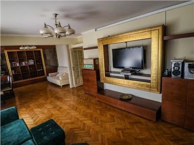 Inchiriere Apartament SUPERB 4 camere 100 mp DECOMANDAT