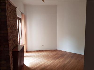 Inchiriere apartament 4 camere renovat lux piata victoriei