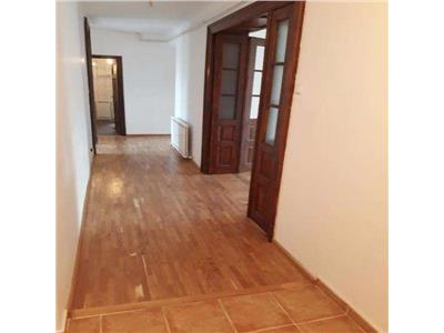 Inchiriere Apartament 5 camere CENTRU ISTORIC