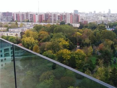 Penthouse nou vedere deosebita spre parc, metrou la 10 min