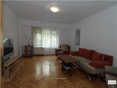 Inchiriere apartament 3 camere decomandat mobilat metrou timpuri noi