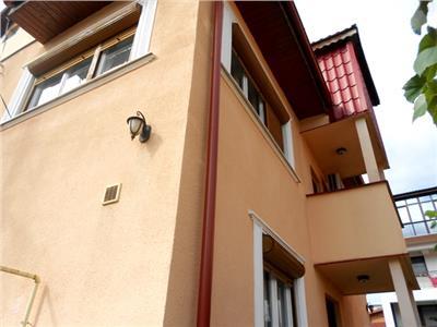 Vanzare vila BRANCOVEANU / ALUNISULUI resedinta foarte bine organizata