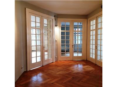Inchiriere apartament 5 camere mosilor/ eminescu/ foisorul de foc