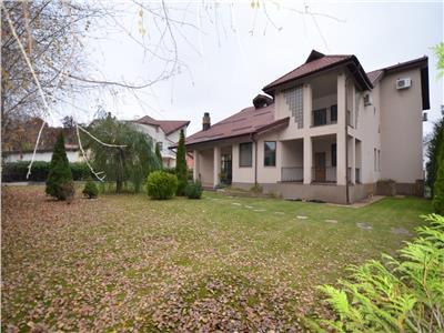 Vanzare casa 5 camere, de lux, in cartierul rezidential baumaister
