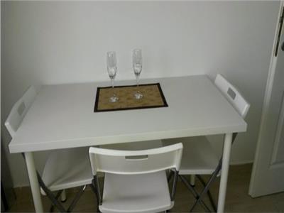 Inchiriere apartament 2 camere central , Targoviste