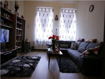 Vanzare apartament 3 camere, vila D+P+1, Dacia, Vulcanescu