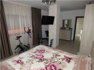 Vanzare apartament 3 camere de lux  p + 1e , ploiesti, zona centrala