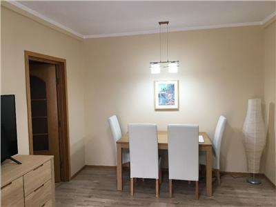 Inchiriere apartament 3 camere, renovat, Ploiesti, Nord