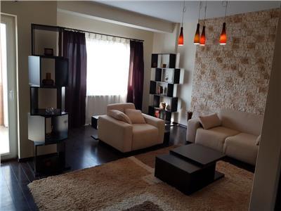 De vanzare/inchiriere apartament cu 4 camere penthouse