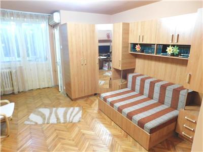 Garsoniera etaj 3 bloc reabilitat - vis-a-vis de Parcul Titanii