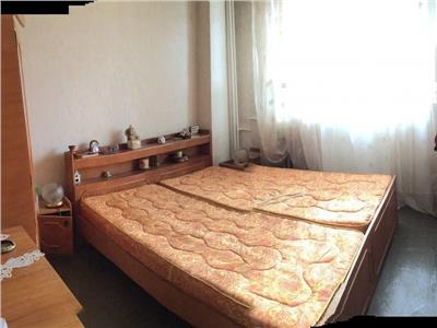 Apartament 3 camere de vanzare Brancoveanu la 2 minute de Metrou