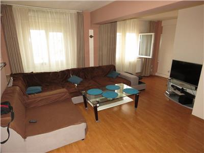 Vanzare apartament 3 camere, ploiesti, zona carol davila