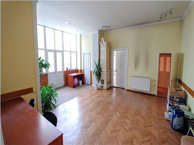 Inchiriez casa cu 5 camere in centru 182 mp ideala pentru birouri