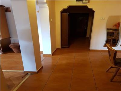 Inchiriez apartament cu 3 camere , et 1, ct, gavana-lumina