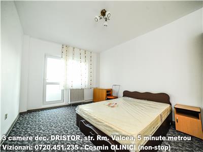Inchiriere apartament 3 camere DRISTOR, decomandat 5 min. metrou 1Apr.