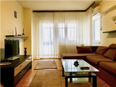 Apartament 3 camere, dec, renovat modern, CT, Democratiei, Ploiesti