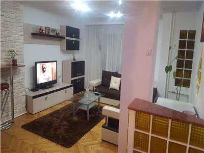 De vanzare apartament cu 4 camere conf 1 dec gavana 3