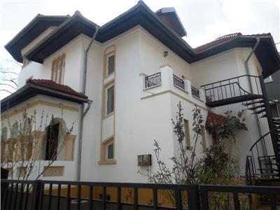 Vila deosebita in stil neoromanesc calea dorobanti