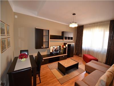 Vanzare apartament 2 camere, deosebit, in ploiesti, zona ultracentrala