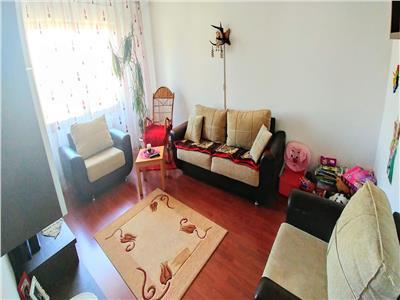 Apartament cu 3 camere in zona tudor