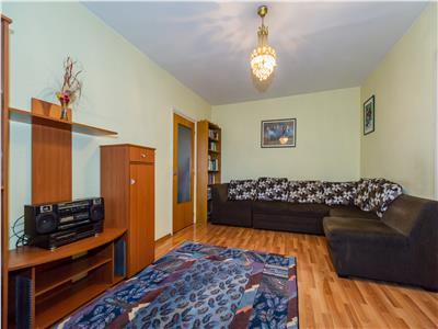 Apartament de 4 camere etaj intermediar la pret de 3 camere