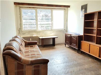 Apartament 2 camere nerenovat baba novac - parc alexandru ioan cuza