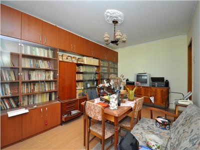 Pantelimon apartament 3 camere decomandat bloc izolat termic