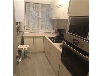 Vanzare apartament 2 camere Campina piata