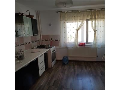 Vanzare apartament 3 camere 13 septembrie-drumul sarii-botorani