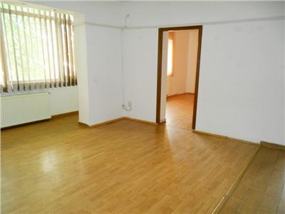 Inchiriere etaj 1 in vila reabilitata PARCUL CAROL ideal birouri