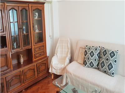 Oferta inchiriere apartament 3 camere Ploiesti, zona Ultracentrala.