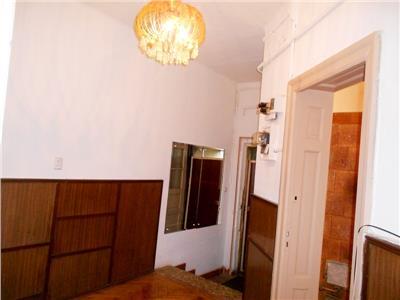 Parter vila perfect pentru sediu firma ION MIHALACHE / PIATA DOMENII