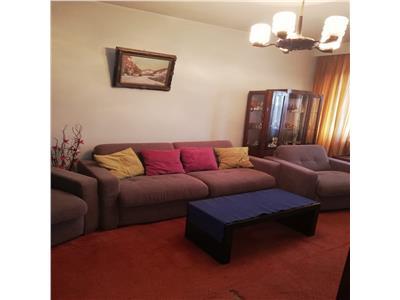 Apartament cu 4 camere de vanzare in zona morarilor